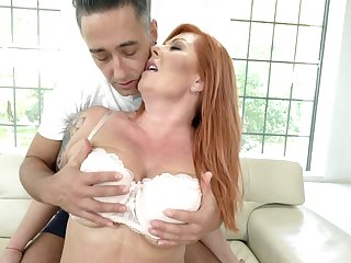 Man hadn't felt such pleasure before he experienced with redhead