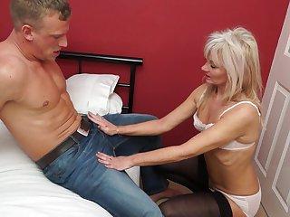 horny mature nympho Ellen B. masturbates while sucking cock