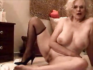 Naked Mature Zoe Zane Big Boobs Video