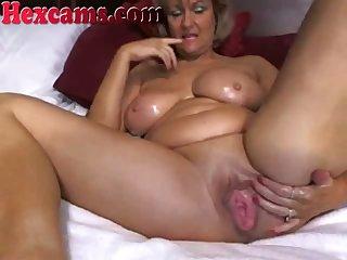 Mature Big Titty Webcam Slut