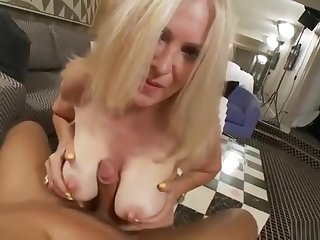 Classy mature woman is having a wonderful anal sex
