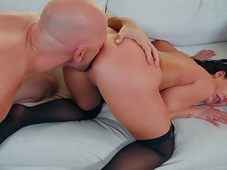 Mature wife handles huge dick in excellent modes