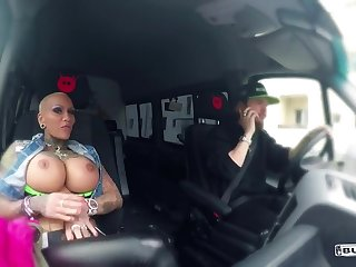 Very Hot Tatooed Large-Breasted Woman Rides The B - mom