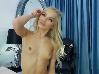 hot girl show how to masturbate and suck dick