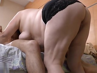 AGEDLOVE - Gloria seduces Young