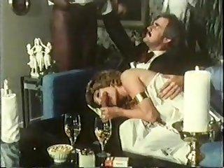 Amateur Homemade Ffm Vintage Threesome With Cumshot