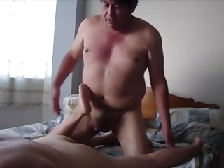 Latina MILF Came Over For Afternoon Anal
