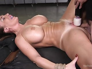 Insatiable mummy, Richelle Ryan was inhaling a crazy man's firm implement, while she was bound up