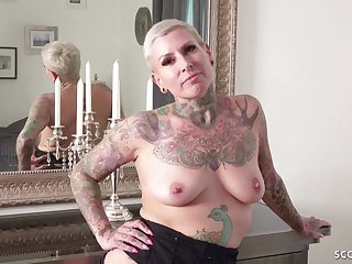 Short haired tattooed MILF hard sex video with horny youngster